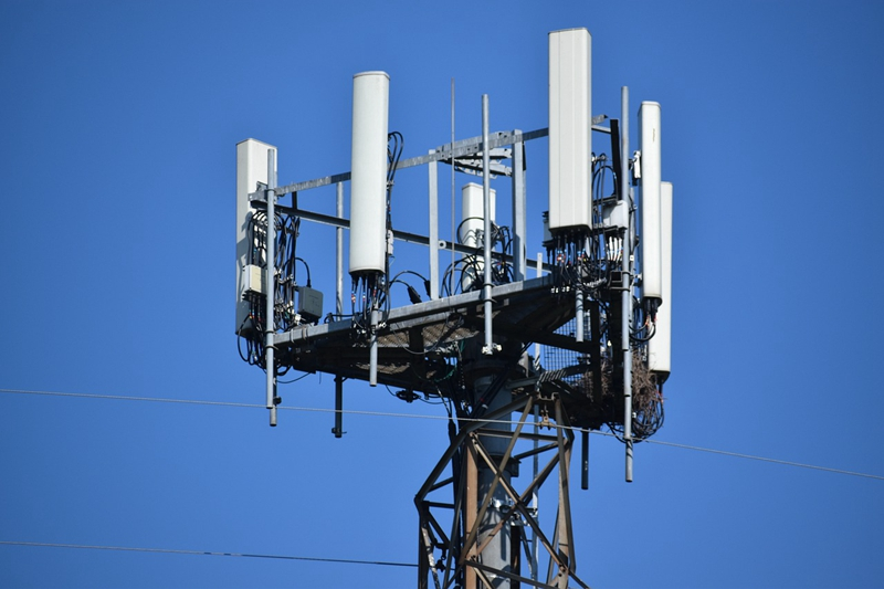cell-tower-5390644_1280.jpg